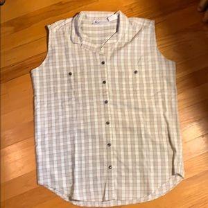 Columbia sleeveless shirt